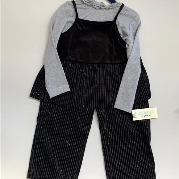 OshKosh B'gosh Other - Matching outfit.